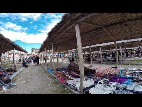 Short visit on Sunday market in Chinchero, Peru