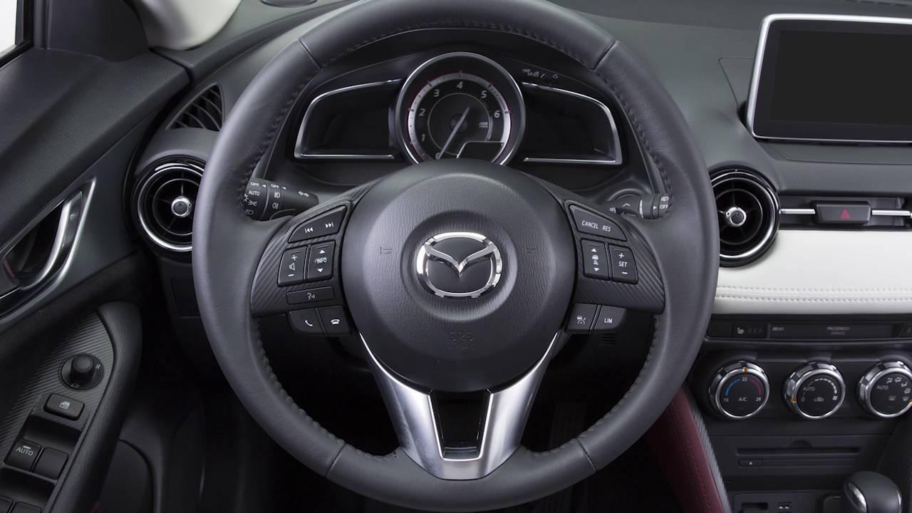 Mazda Cx 3 >> Mazda CX-3 - Regolazione sedili e volante - YouTube