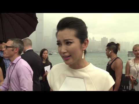 "Transformers 4: Age of Extinction: Li BingBing ""Su Yueming"" Red Carpet Premiere Interview"