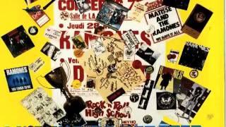 Ski-King sings - I Wanna Be Sedated live Bremen Tattoo Convention 09 05 2010