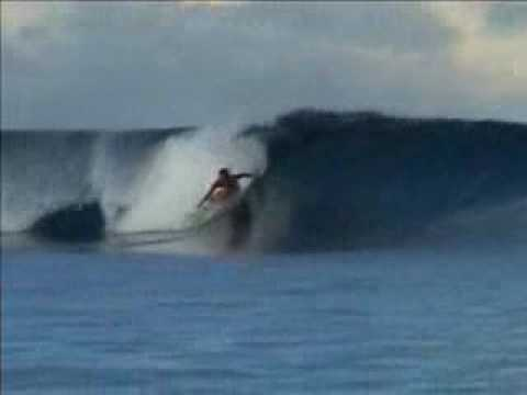 SURFE EM NOVA CALEDONIA