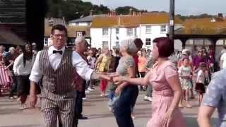 Gambar cover The Jive Aces - The Stade Open Space, Rock-a-Nore Road, Hastings Old Town 24.08.14