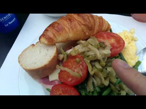 Breakfast at L'hotel evergreen - trip to Paris France by Geoffmobile