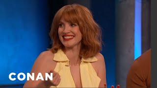 Jessica-Chastain-Was-Immersed-In-4500-Gallons-Of-Fake-Blood-CONAN-on-TBS