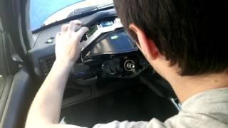Remplacer les ampoules d'un tableau de bord de Peugeot 106