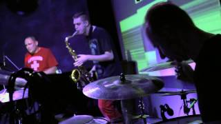 Loop Doctors - Entering a Room / Find Your Way (Live @ Budapest Jazz Club)