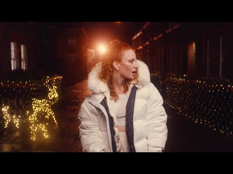 Смотреть клип Jess Glynne - This Christmas