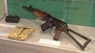 Самое распространенное оружие: в Краснодаре продолжается выставка «Легендарный Калашников»