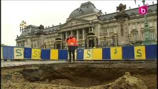 Un grand trou place des Palais à Bruxelles.