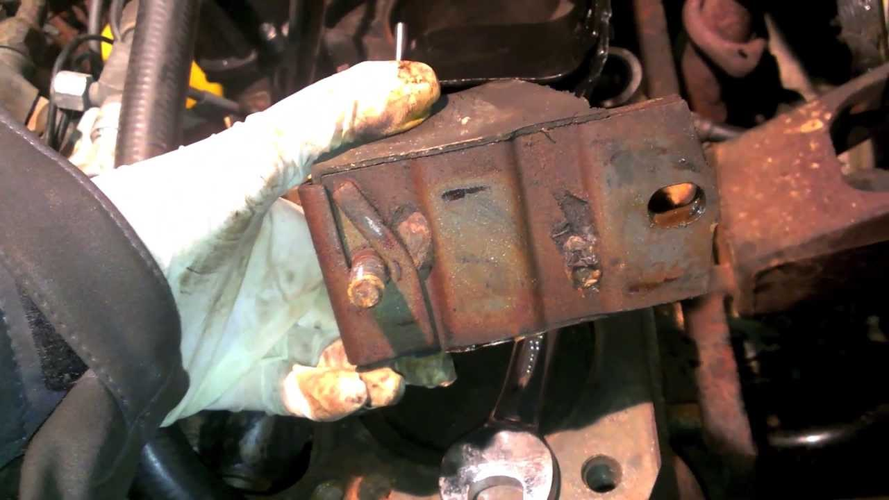 89 Cherokee Motor Mount Replacement Youtube