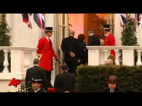 Royal Wedding Raw Video: Queen at Reception