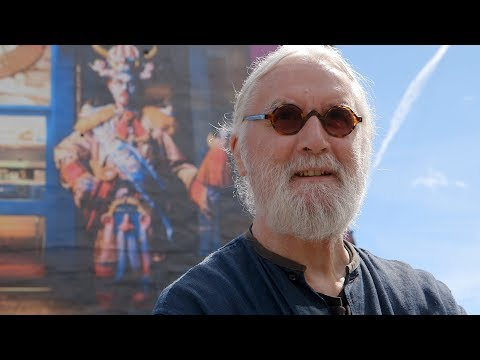 Billy Connolly Sees The New Glasgow Murals For The First Time