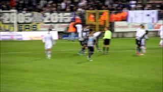 Charleroi - Anderlecht un Supporters sur le Terrain by Trips Julien ( rcsc-1904)