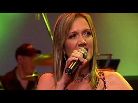Bring jou hart – Juanita du Plessis and Theuns Jordaan (OFFICIAL MUSIC VIDEO)