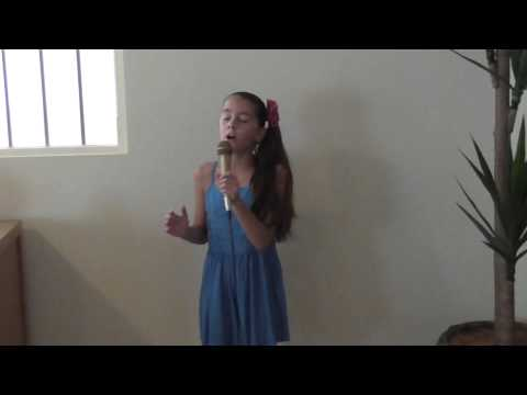 Ellarose H Singing Everyones Waiting By Missy Higgins !