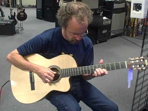 Martin 000c Nylon String Cutaway Acoustic Electric Guitar