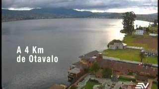 Ecuador desde el Aire - Lago San Pablo