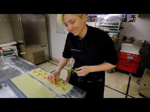 delicious-lobster-ravioli-at-1-michelin-star-bozar-restaurant-in-brussels,-belgium