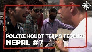 POLITIE HOUDT TEAMS TEGEN?! | NEPAL #7 | Furtjuh & Thomas VS Gekke Markie & Laurens