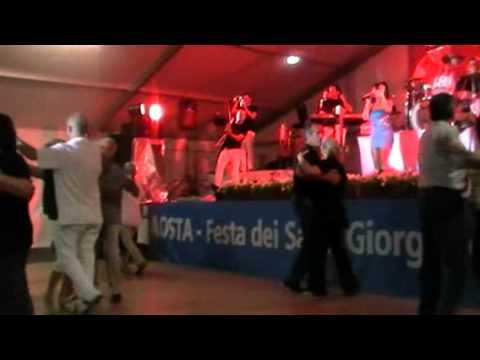 Tonya Todisco Calendario Serate.Se Avessi Ali Orchestra Tonya Todisco Festa Dei Calabresi 2012 Aosta