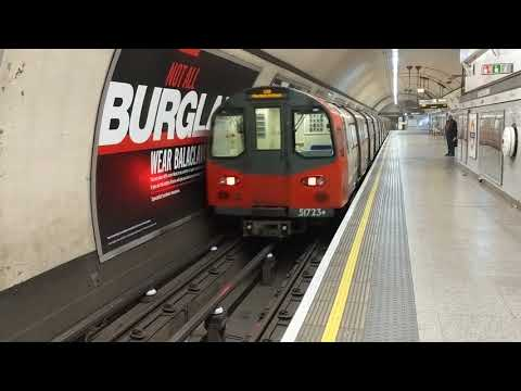 Euston Station, 5 London underground tube trains. Northern line going south