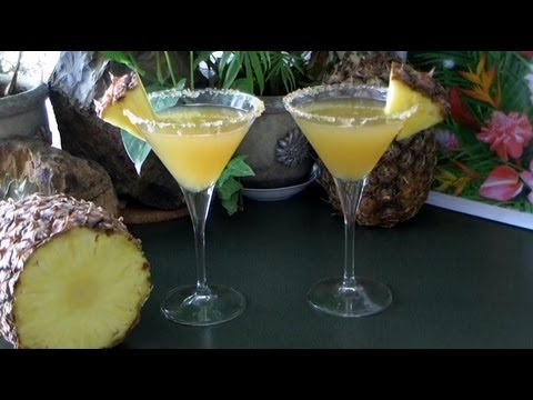 How To Make A Pineapple Cocktail.