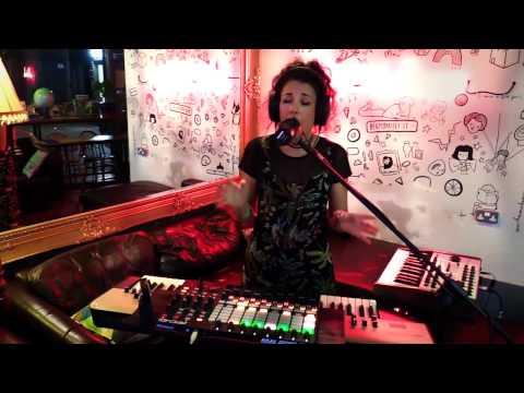 Ableton Live & APC40 MKII Live Performance - Ships