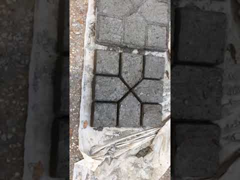 When to release the mold from cement pavers