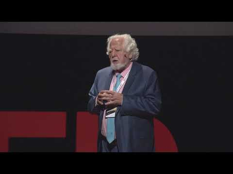 Ustaca Yaşam | Ali Demirsoy | TEDxAnkaraUniversity