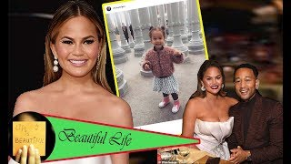chrissy-teigen-enjoys-a-day-sweet-at-the-museum-with-daughter-luna-on-friday