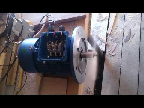 Трёхфазный инвертор на Arduino DUE. Работа асинхронного двигателя от солнечных батарей.