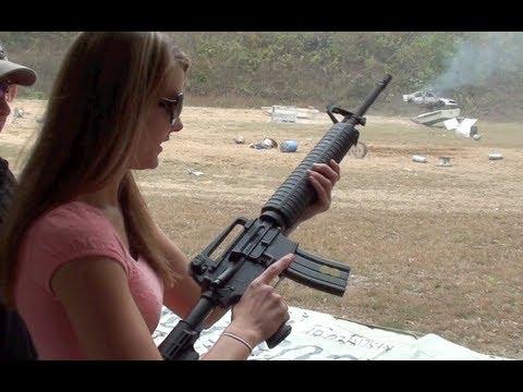 KIRSTI SHOOTS M16 FULLAUTO