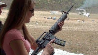 KIRSTI SHOOTS M16 (FULL-AUTO)