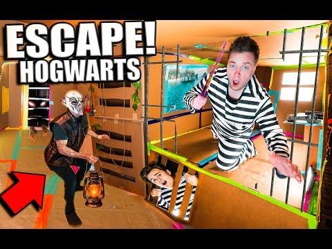 24 HOUR ESCAPE HOGWARTS CHALLENGE! BOX FORT Harry Potter ESCAPE ROOM