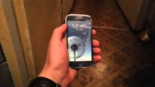 Купил телефон у цыган.(Решил купить популярный смартфон со скидкой. Но он показался мне странным., 2014-11-25T21:48:18.000Z)
