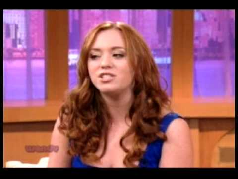 Andrea Bowen on The Wendy Williams  1012009