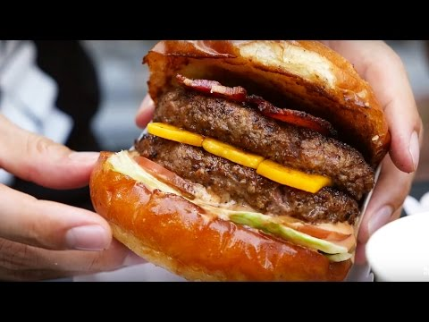 One of The BEST Burgers in Bangkok - Daniel Thaiger Food Truck