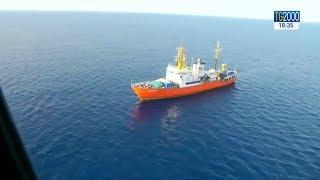 Migranti: nave Aquarius verso la Spagna. Tensione Italia-Francia