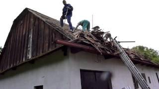 Demontáž eternitové střechy