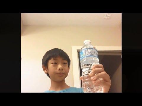 Puedo beber esta botella de agua en 1 SEGUNDO..!   5 Increíbles récords guinness
