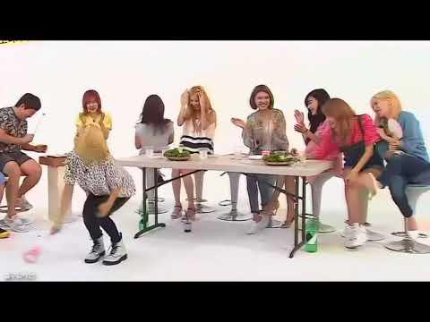 Free Download Hyoyeon Makes Taeyeon Laugh Mp3 dan Mp4