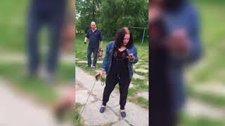 «Это охранная собака»: бухая жительница Архангельска объяснила выгул ротвейлера на детской площадке