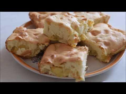 Шарлотка с яблоками. Простой и быстрый классический рецепт шарлотки в духовке. Яблочный пирог.