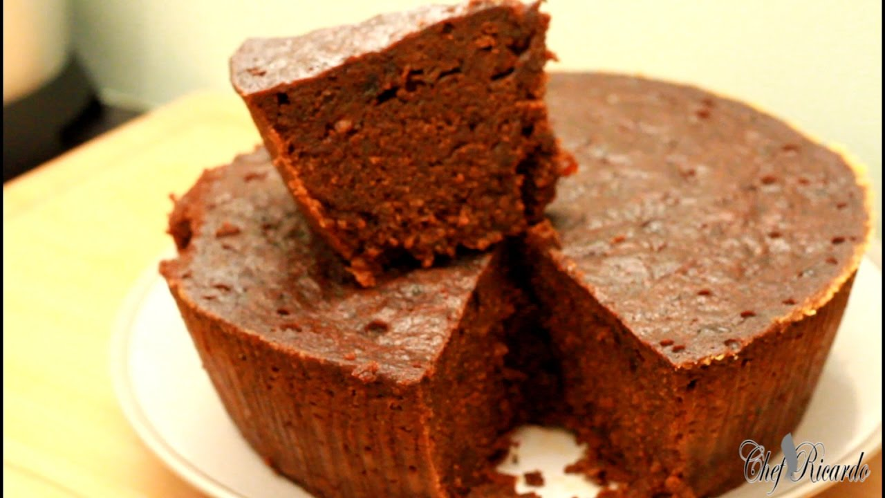 How To Make Jamaican Black Cake OR Caribbean Fruit Cake ...