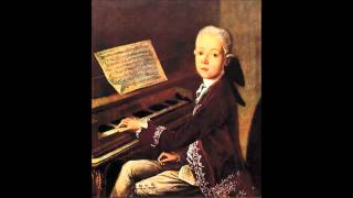 W. A. Mozart - KV 5 - Menuet for keyboard in F major