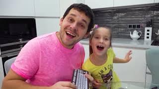 Sofia and Papa staged a chocolate challenge