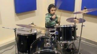 Обучение игре на барабанах в Иваново (Иван Толстой 5 лет)