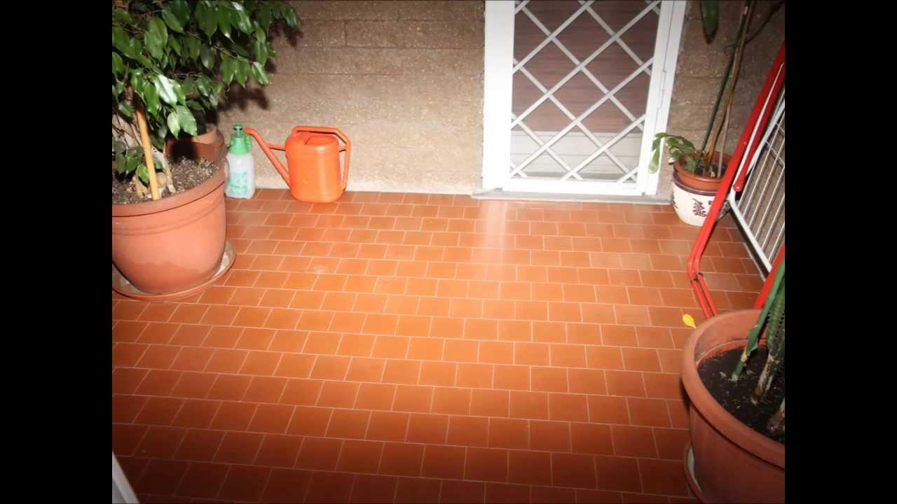 Pavimenti balconi da sostituire secondo voi youtube - Piastrelle balcone ...