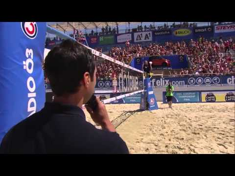 What an emotional marriage proposal in the world's Beach Volleyball 'Mecca'!