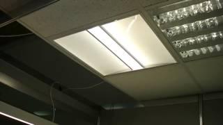 Новый потолочный светодиодный светильник для Амстронг(Новый потолочный светодиодный светильник для Амстронг с коэффициентом ослепления менее 19. Очень популярен..., 2015-09-24T15:33:09.000Z)